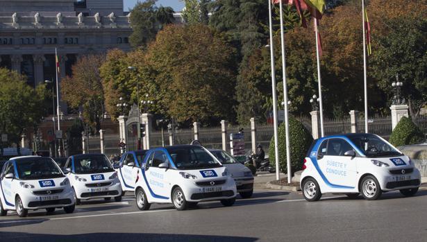 Coches eléctricos de la empresa de car sharing Car2Go en Madrid