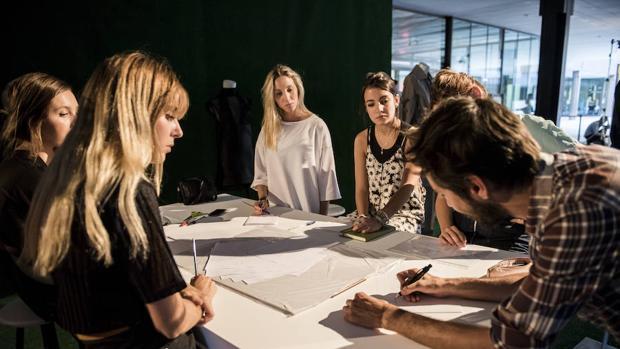 Taller de moda sostenible de Rubén Gómez