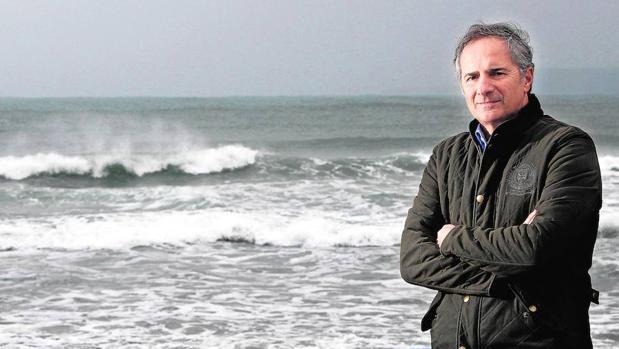 Iñigo Losada es experto en oceanografía costera