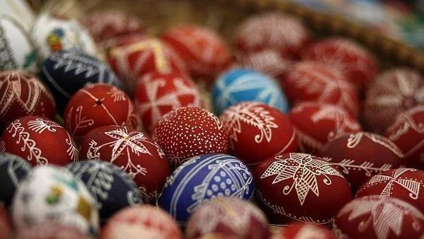 ¿Por qué se relaciona al conejo con la entrega de huevos en Pascua siendo éste un animal vivíparo?