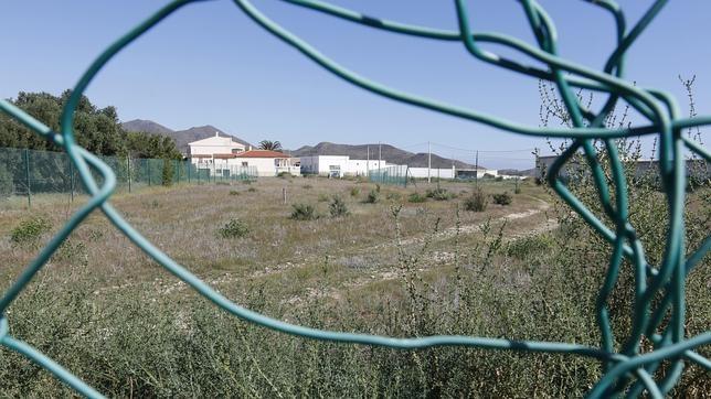 La retirada de la tierra contaminada de Palomares costará unos 640 millones