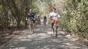 Los Morancos se montan en «La bicicleta» de Shakira