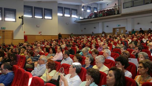 El arzobispo abre al curso pastoral ante más de 500 personas
