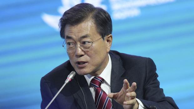 El presidente de Corea del Sur descarta desplegar armas nucleares para contrarrestar a Corea del Norte