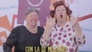 Antonia y Omaita critican las nuevas elecciones al ritmo de Enrique Iglesias