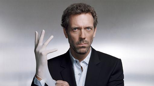 Hugh Laurie como el Dr. House