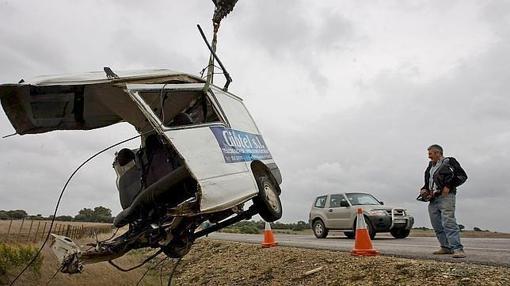 Estado en el que quedó la furgoneta contra la que chocó el coche de Ana Torroja y Eshter Arroyo