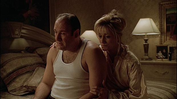 Tony Soprano y su esposa Carmela.