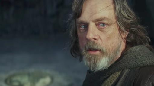 Mark Hamill vuelve a vestirse en la piel del jedi Luke Skywalker.