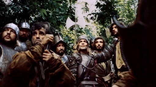 Soldados españoles en América buscando El Dorado en 'Aguirre, la cólera de Dios'.