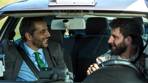Fotograma de la película 'Taxi a Gibraltar'.
