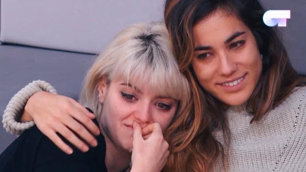 Alba y Julia, en la Academia de 'Operación Triunfo 2018'.
