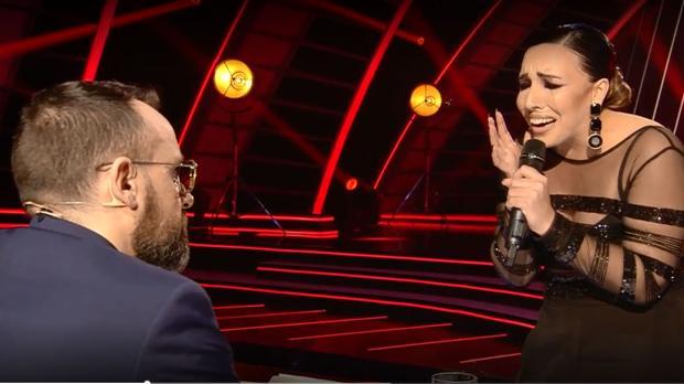Nazaret Natera canta el pasodoble de 'Los piratas' a Risto Mejido en Got Talent.