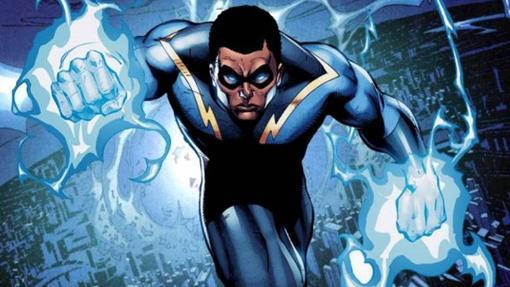 El héroe DC Relámpago Negro