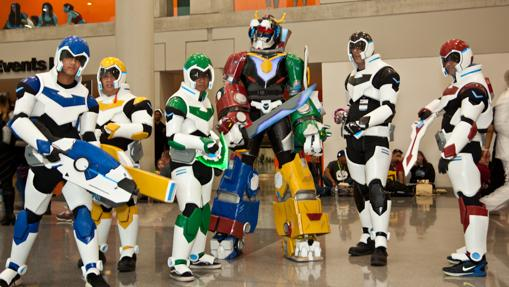Super currado cosplay grupal de Voltron