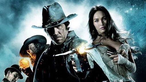 Ni la presencia de Megan Fox y Josh Brolin salvó la película de la quema