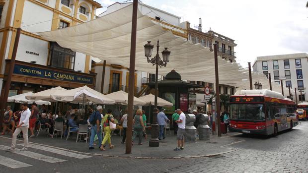A partir del próximo 1 de enero, con las nuevas normas municipales, no quedará un solo velador en La Campana