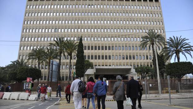 Edificio de la delegación de Hacienda