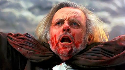Protagonistas enfrentados, ebrios y por partida doble, algunas curiosidades de «Drácula, de Bram Stoker»