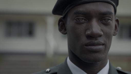 Escena de «Men Against Fire», episodio 5 de la tercera temporada