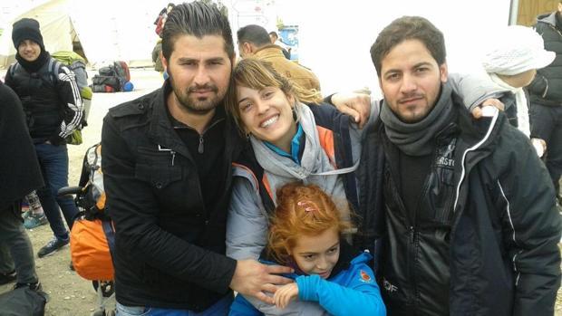 Meritxell Martorell con los refugiados en Lesbos
