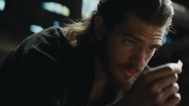 «Rezo pero estoy perdido»: primer tráiler de lo nuevo de Scorsese