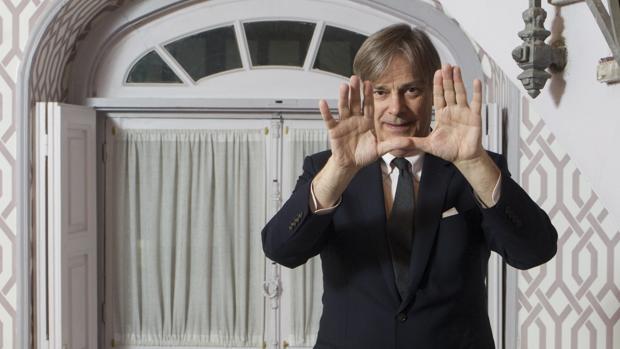 El director estadounidense Whit Stillman en su visita a Madrid