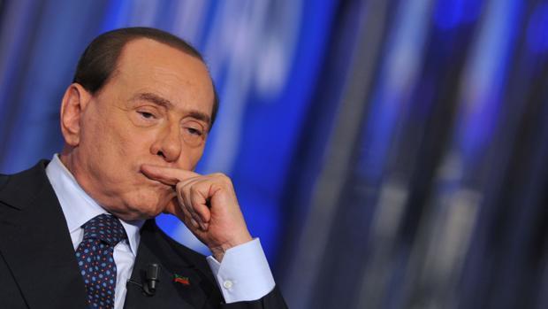 Sorrentino aparca su biopic sobre Berlusconi