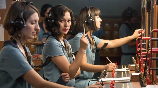 Fotograma de «Las chicas del cable», la primera producción propia de Netflix española