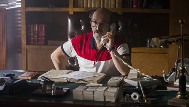 Javier Cámara da vida a Guillermo Palomari, contable del cártel de Cali