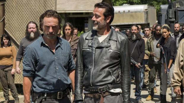 Rick y Negan durante una escena de «The Walking Dead»