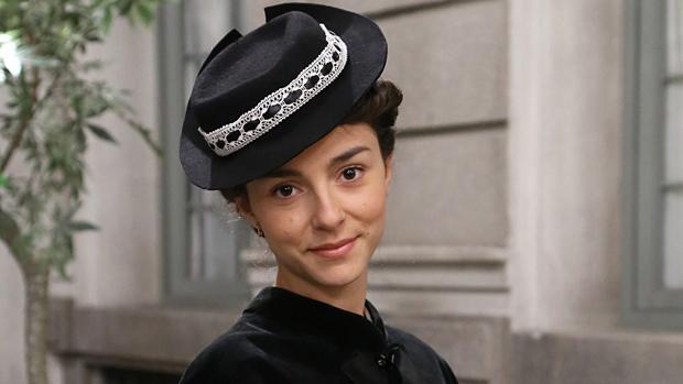 Sara Sierra da vida a Olga