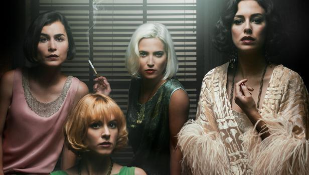 Póster oficial de la segunda temporada de Las chicas del cable