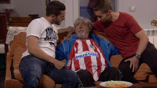 Koke y Gabi, junto a Vicente en el nuevo episodio de La que se avecina