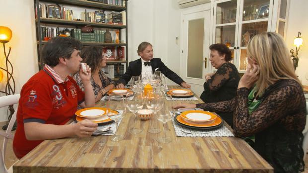 «Ven a cenar conmigo»