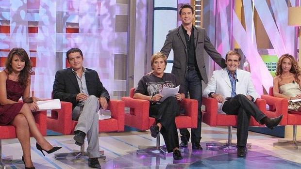Gema López, Gustavo gonzález, Chelo García Cortés, Jaime Cantizano, Antonio Montero y María Patiño