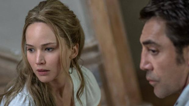 Jennifer Lawrence y Javier Bardem, nominados al Razzie de su categoría por «madre!»