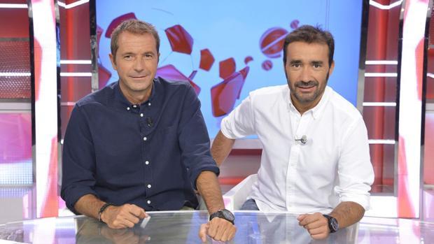 Manu Carreño y Juanma Casrtaño, presentadores de Deportes Cuatro
