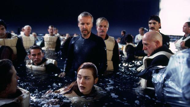 Momento del rodaje de «Titanic» con James Cameron y Kate Winslet