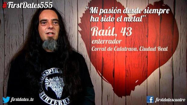 Raúl aseguró estar encantado con su oficio como enterrador