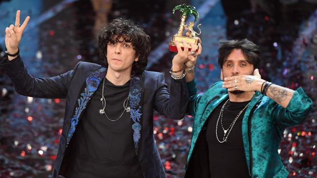 Ermal Meta y Fabrizio Moro, en la final del Festival de Sanremo