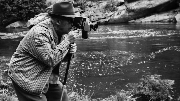En 1968, en Ribadeo, Franco grabó unas jornadas de pesca. Desde la guerra en África ya hacía uso de sus propias cámaras
