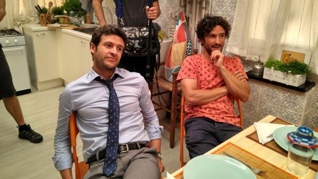 José Corral (derecha), junto al actor Diego Martín, protagonista de «Un cuento familiar»