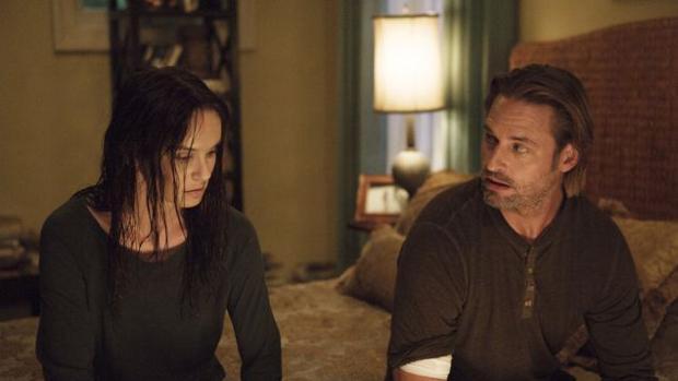 Sarah Wayne Callies y Josh Holloway protagonizan «Colony»