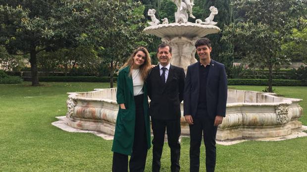 Amaia y Alfred en la residencia del embajador de España en Lisboa