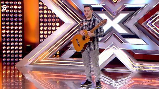 Jorge, durante su actuación en «Factor X»