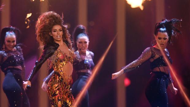 Eleni Foureira durante la primera semifinal de Eurovisión 2018
