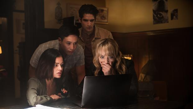 Lucy Hale, Tyler Posey y Violett Beane protagonizan «Verdad o reto»