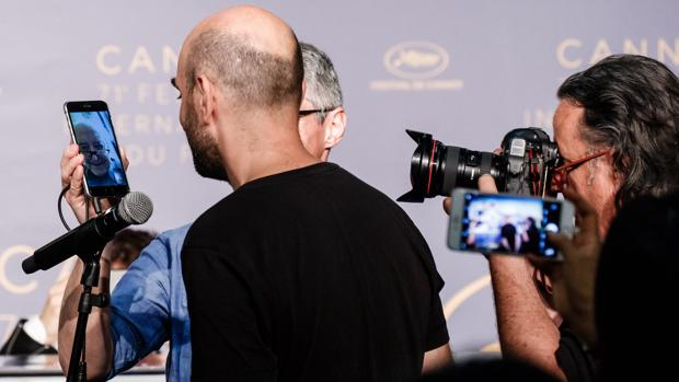 El cineasta Jean-Luc Godard charló por FaceTime con la prensa