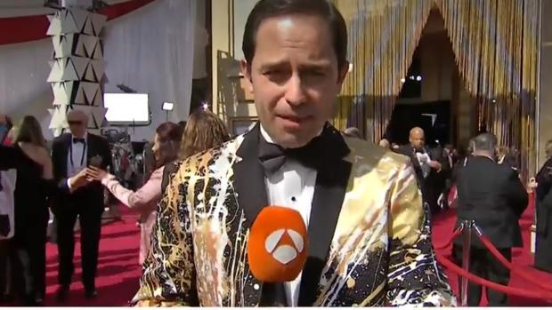 José Ángel Abad, inesperada estrella de la alfombra roja de os premios Oscar 2019